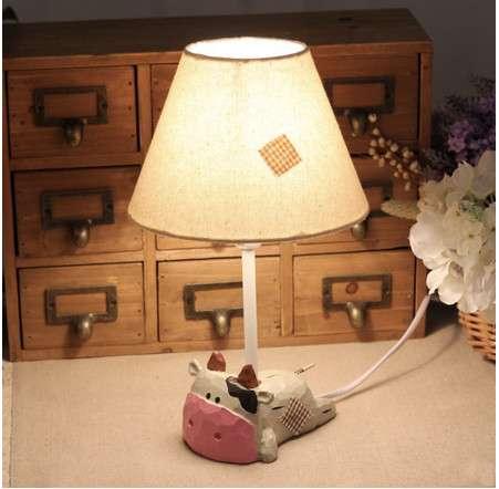 床头木狮子图片